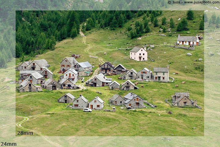 http://www.juzaphoto.com/shared_files/articles/24-70_2-8/lenses-24mm_vs_28mm.jpg