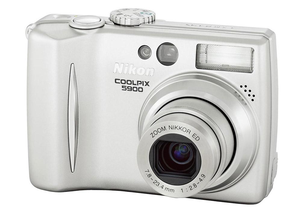 Nikon E5900
