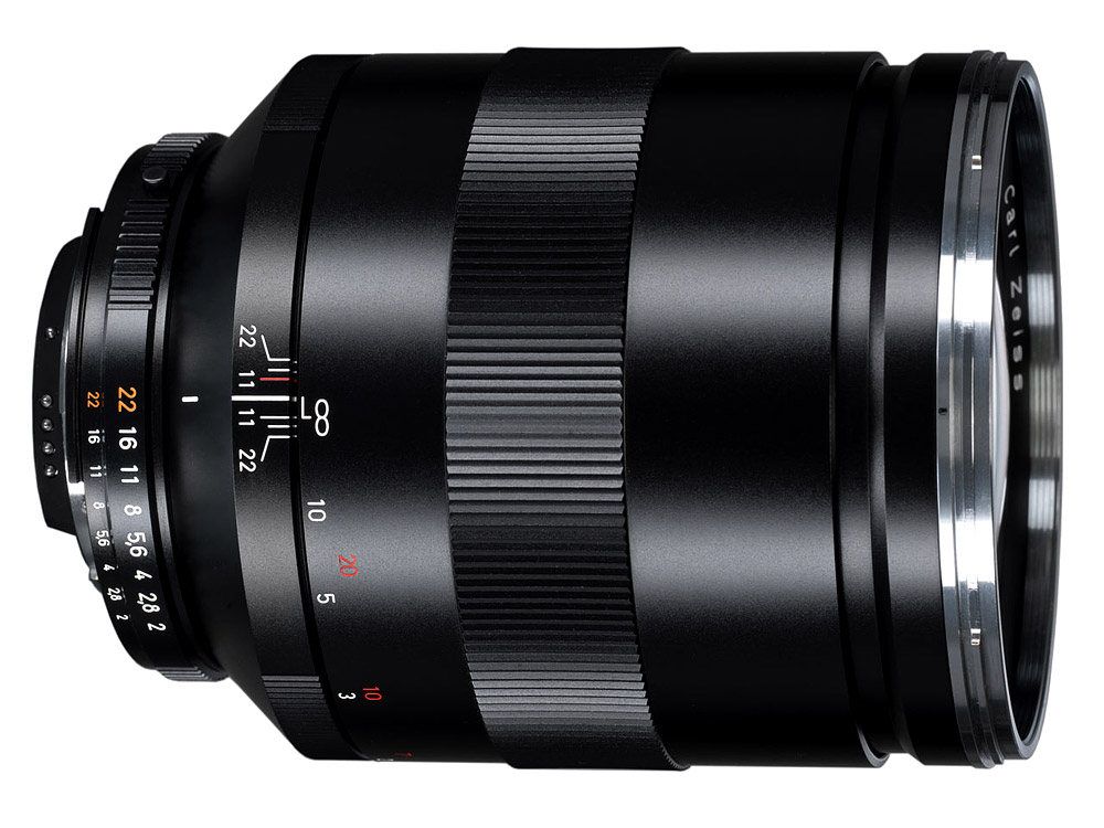 Zeiss ZE/ZF.2 Apo Sonnar T* 135mm f/2